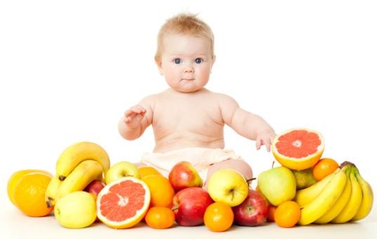 Bebê-e-frutas